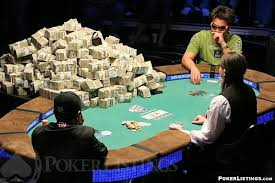 Учится играть в покер видео