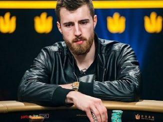 Победитель турнира WPT Super High Roller на PartyPoker Виктор Малиновский